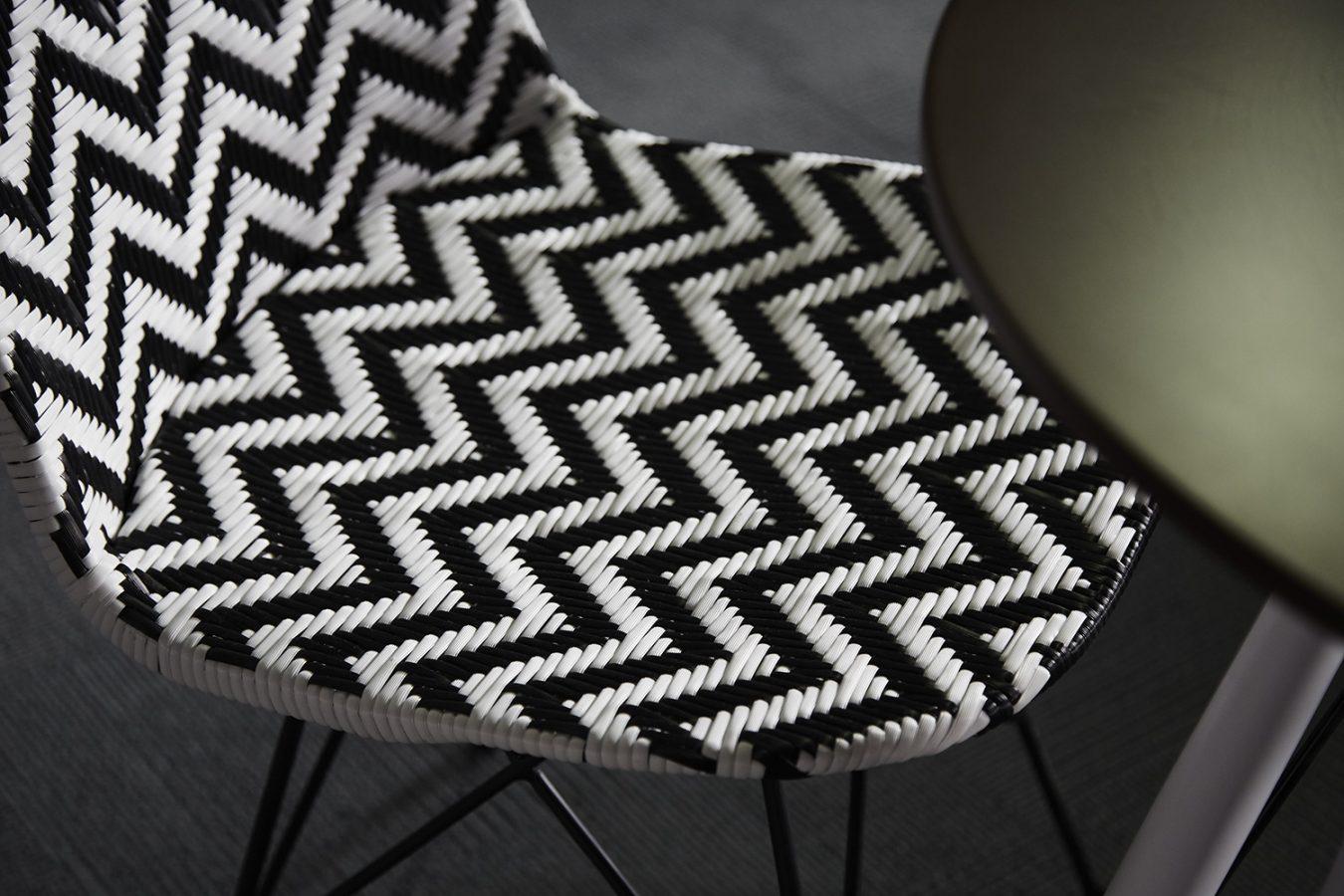 Good_Stuff_474_cool_workspace_office_design_interiors_graphic_london_furniture