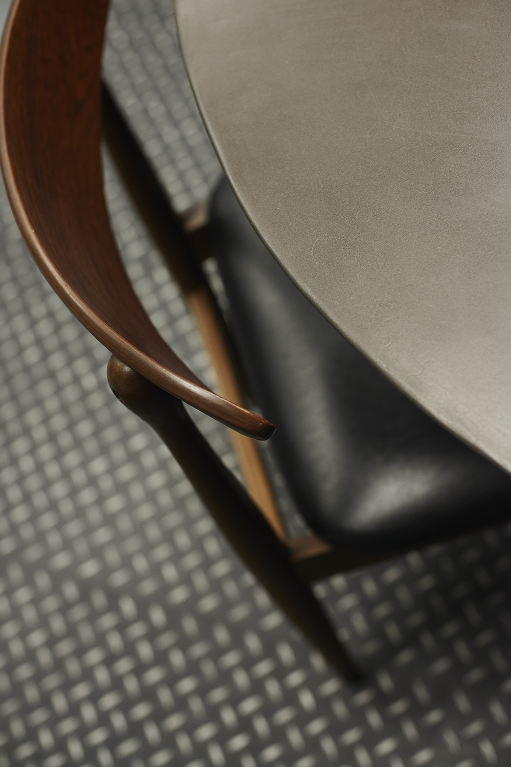 Good_Stuff_861_cool_workspace_office_design_interiors_graphic_london_detail_chair